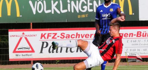 Testspiel gegen den 1. FC Saarbrücken (Foto: Bennoit)